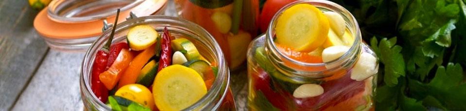 Obst- und Gemüsekonserven