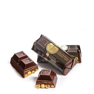 Bloc de chocolat noir aux noisettes 150 g