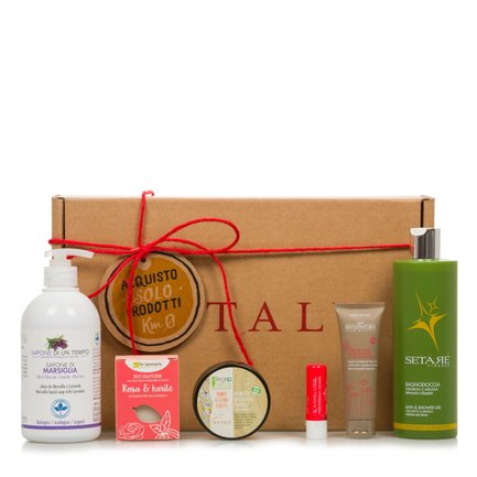 Beauty gift box with natural products