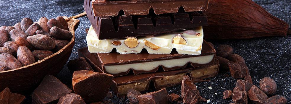 Cioccolato al latte e bianco